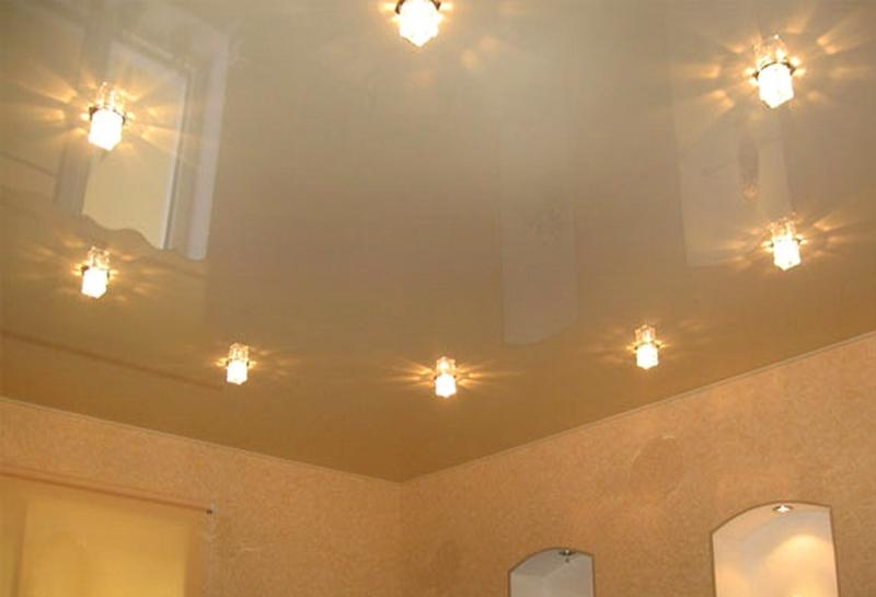 натяжные потолки фото в комнате