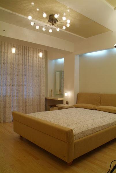 Дизайн потолков в спальне 2017-2018